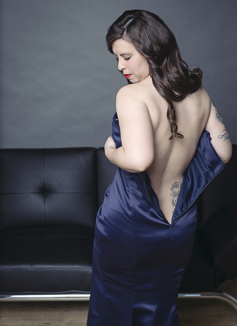 pin-up-teasing-boudoir-toronto-photographer